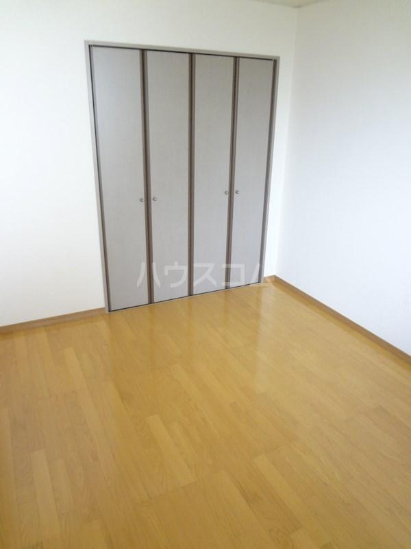 スクエアー仲畑 B205号室の居室