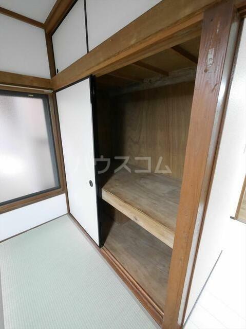 コーポラスN 101号室の収納