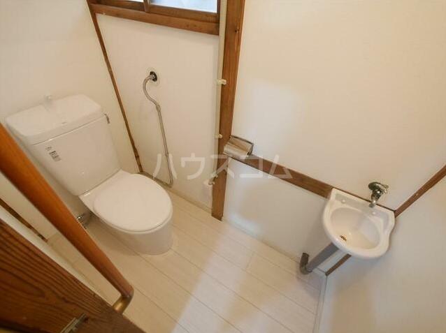 コーポラスN 101号室のトイレ