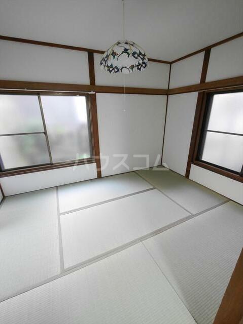 コーポラスN 101号室のベッドルーム