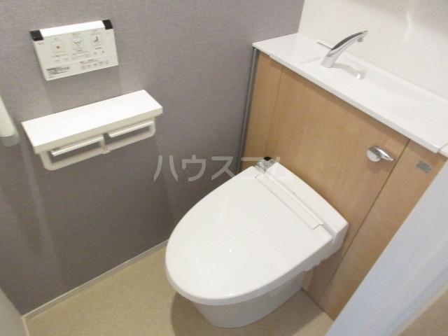 シャロームガーデン 01010号室の洗面所