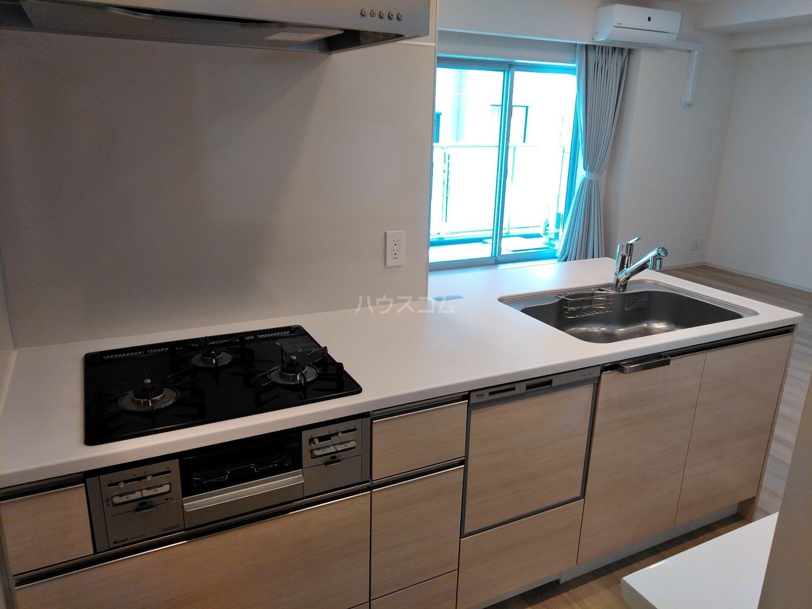 ザ・パークハウス岐阜 202号室のキッチン
