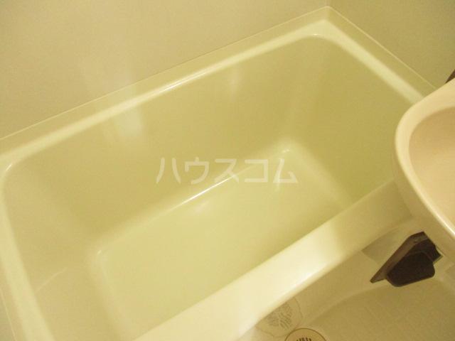 エステートピアグリーン 108号室の風呂