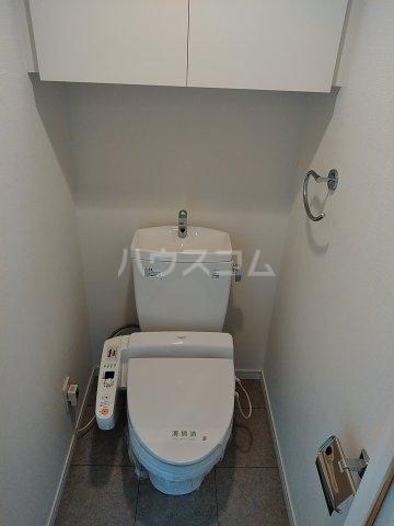 CYNTHIAFOUR-D GOTANDA-WEST 1102号室のトイレ