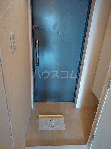 CYNTHIAFOUR-D GOTANDA-WEST 1102号室の玄関