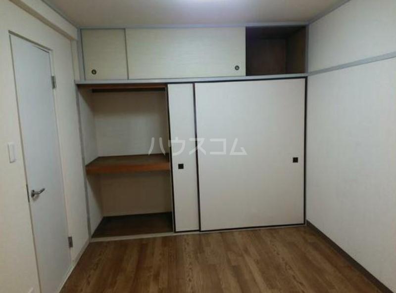ライオンズマンション駒沢 504号室の収納