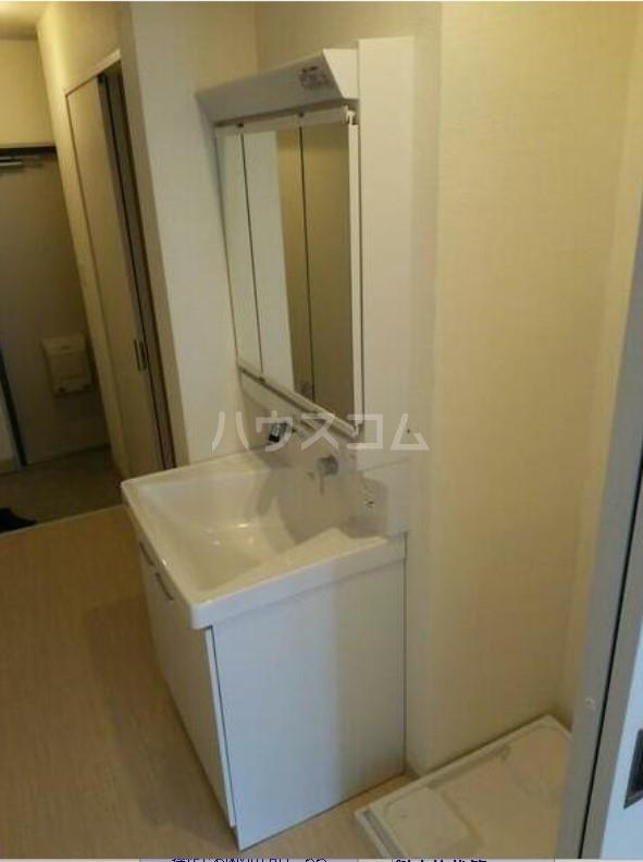 ライオンズマンション駒沢 504号室の洗面所