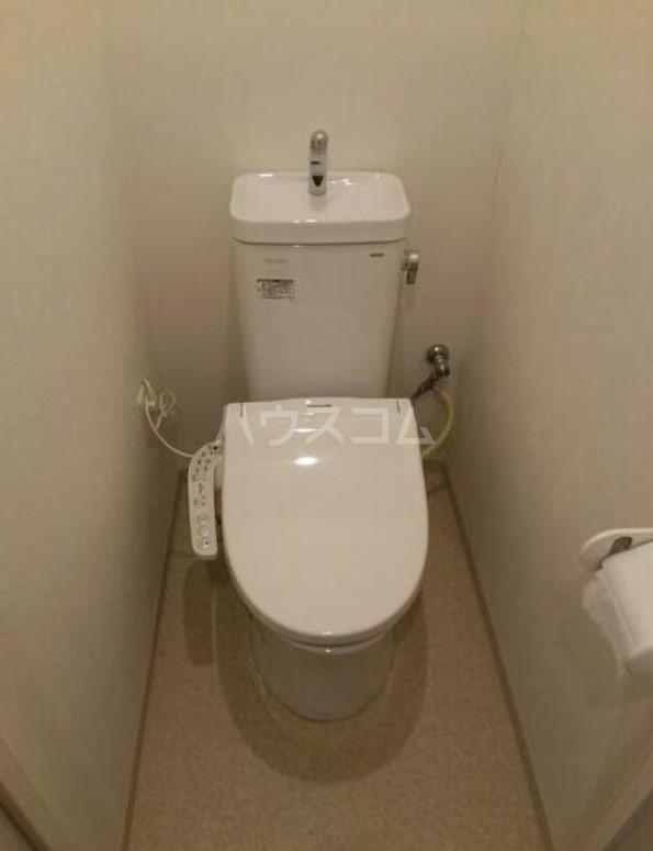ライオンズマンション駒沢 504号室のトイレ