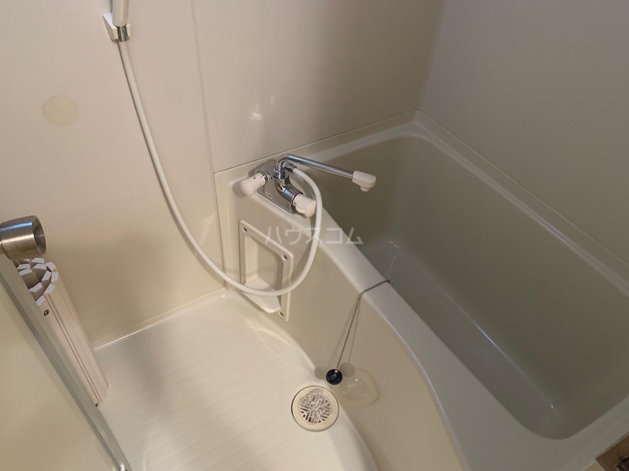 Elfino 301号室の風呂