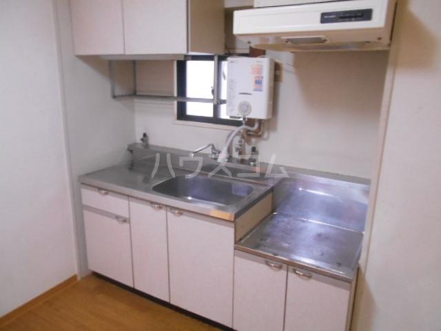 丸萬ビル 6C号室のキッチン