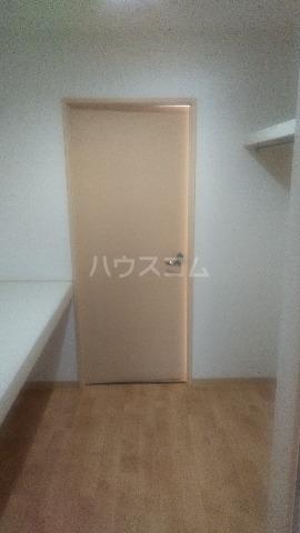 イル・フィオーレ 101号室の玄関