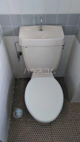 パラシオ新町 205号室のトイレ