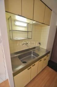 フォンテーヌ弥生 103号室のキッチン