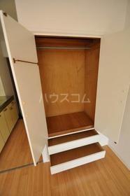フォンテーヌ弥生 202号室の収納