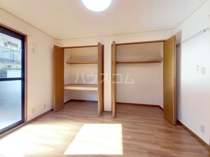 プロスパーコート梅島 101号室の収納