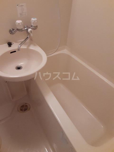 シャンテ中井 301号室の風呂
