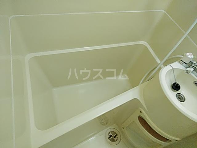 エクセレント丸太町 407号室の風呂