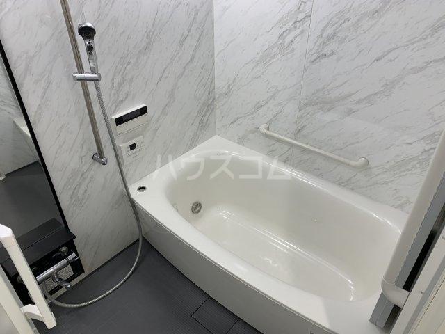 ワコーレ豊中少路ザ・レジデンス 604号室の風呂