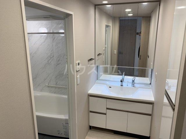 ワコーレ豊中少路ザ・レジデンス 604号室の洗面所