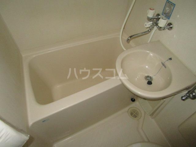 クリエイト国分寺 205号室の洗面所