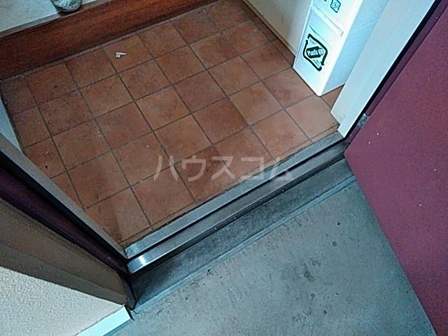 サザンクロス 206号室の玄関