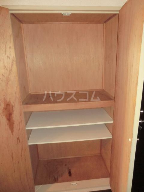 シャルマンフジ下松壱番館 202号室の収納
