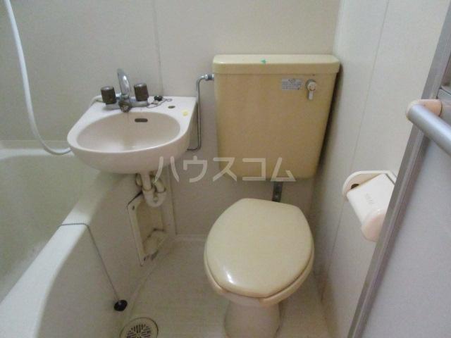 スカイシャンテ 108号室のトイレ