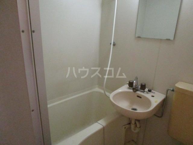 スカイシャンテ 108号室の洗面所