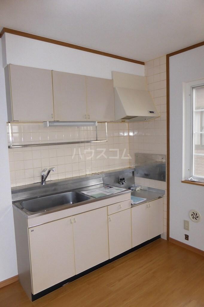 北斗ハイツⅠ 02040号室のキッチン