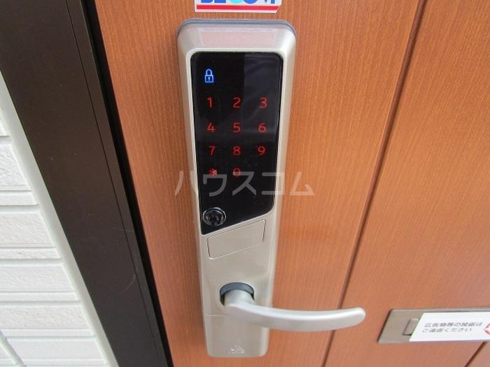 D-room飯倉 102号室の玄関