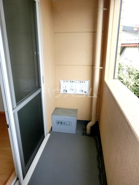 グランチェスタ草加 303号室のバルコニー