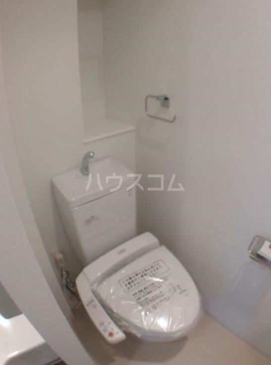 LE-LION IKEBUKURO COMFORT 401号室のトイレ