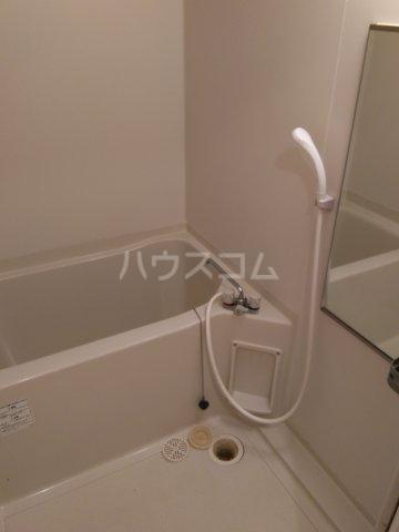 ブロードタウン神野Ⅱ C 201号室の風呂