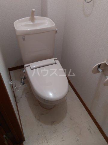 ブロードタウン神野Ⅱ C 201号室のトイレ