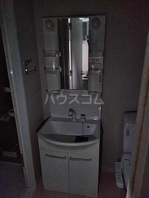 Primal Gotanda 704号室の洗面所