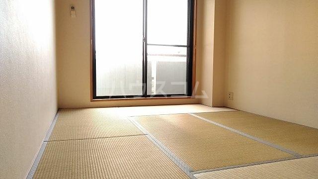ウエスチングハウスⅢ 302号室の居室