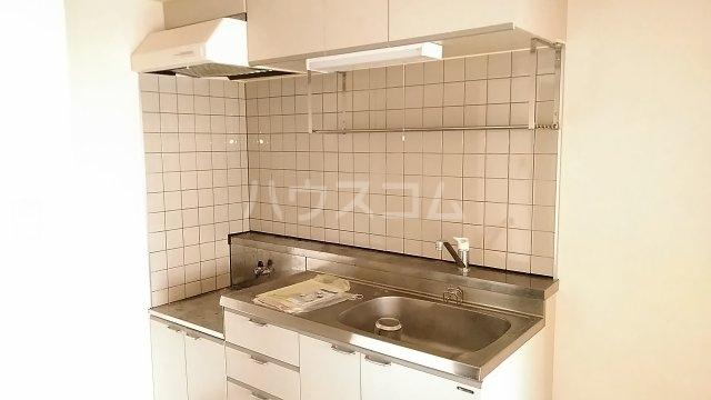 ウエスチングハウスⅢ 302号室のキッチン
