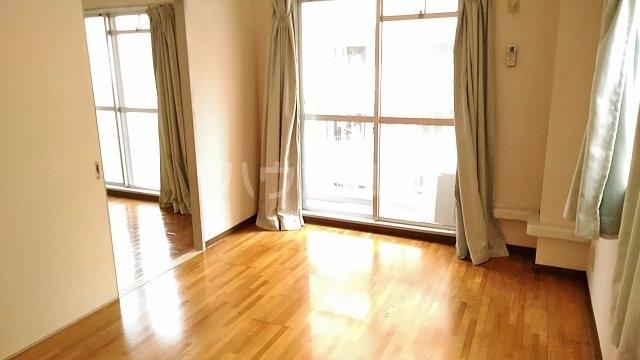 長尾ビル 302号室の居室