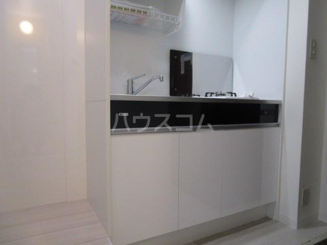 グリーンハイツ安松 103号室のキッチン