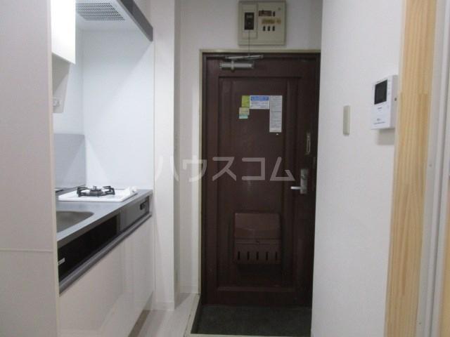 グリーンハイツ安松 103号室の玄関