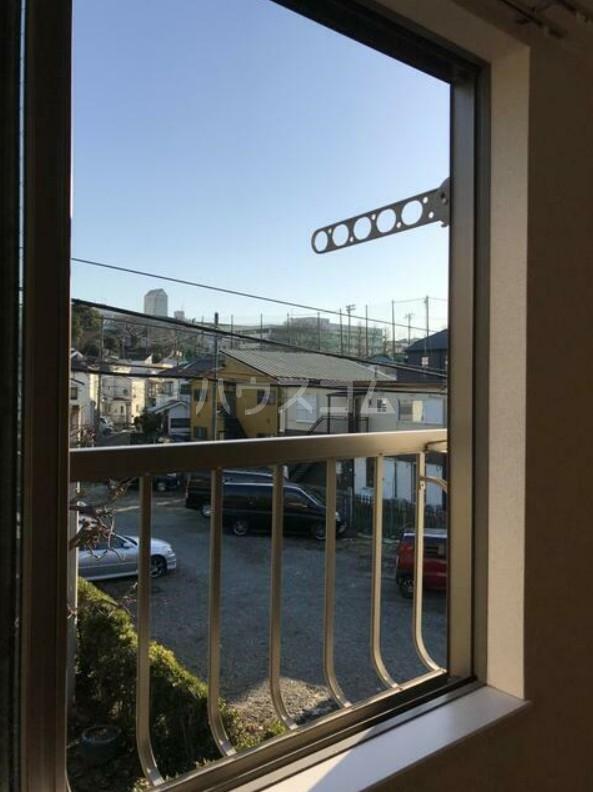 ラプラージュ横浜 203号室の景色