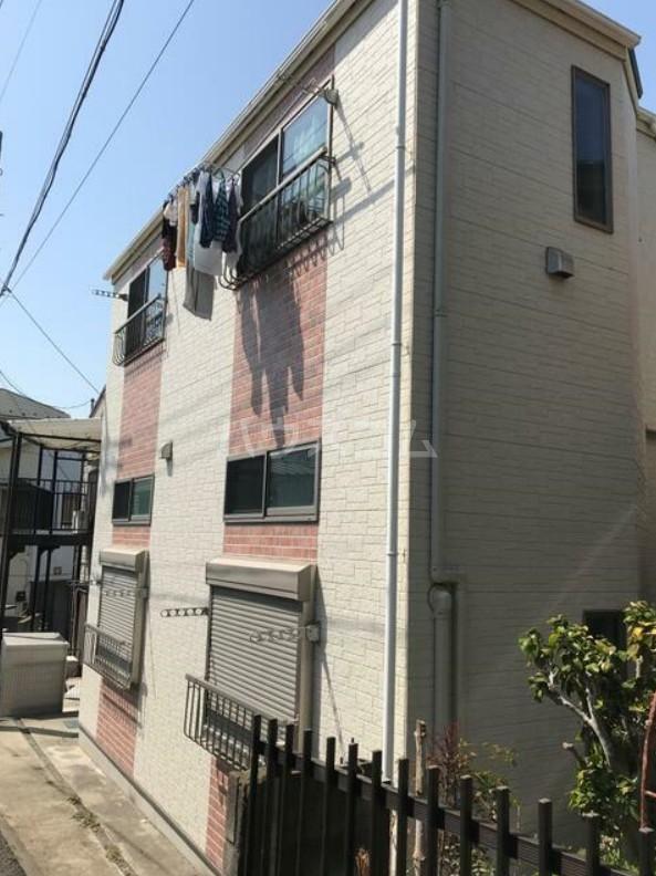 ラプラージュ横浜 203号室の外観