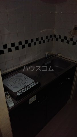 ヴェルト五反田イースト 502号室のキッチン