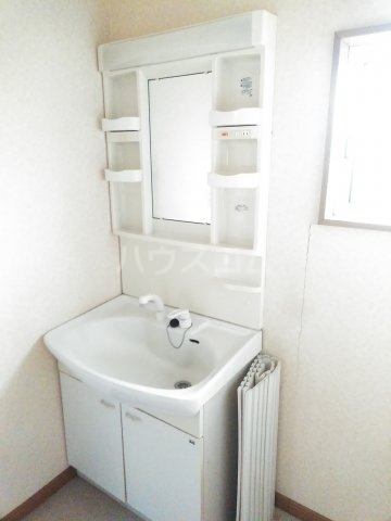 コンフォートハウスAの洗面所
