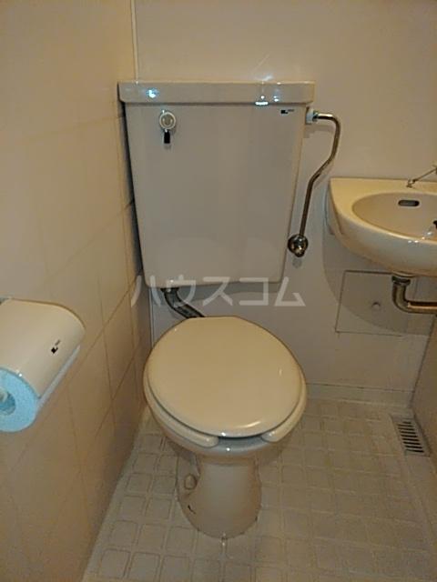 ハイツマルヤB 105号室のトイレ