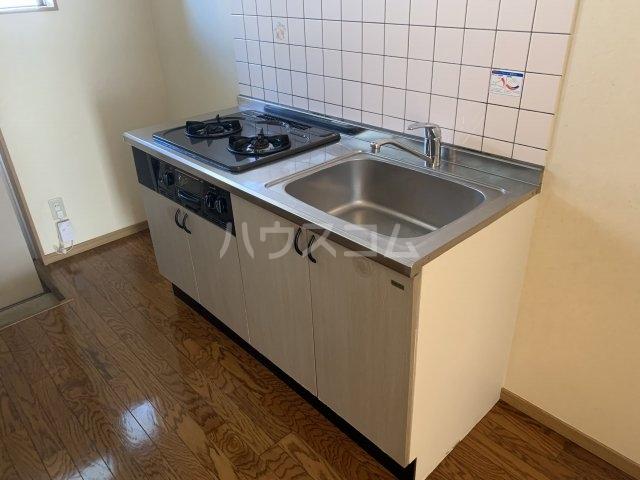 エールⅢ 101号室のキッチン