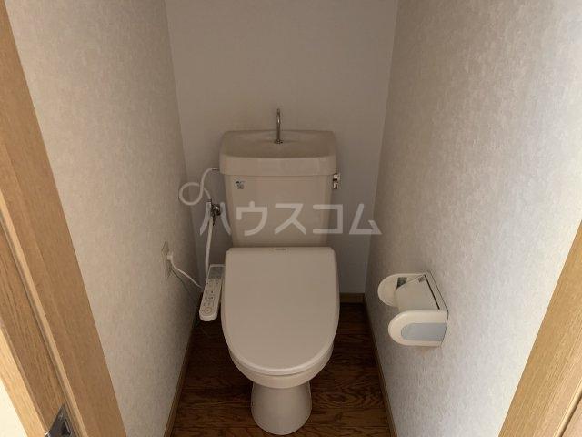 エールⅢ 101号室のトイレ