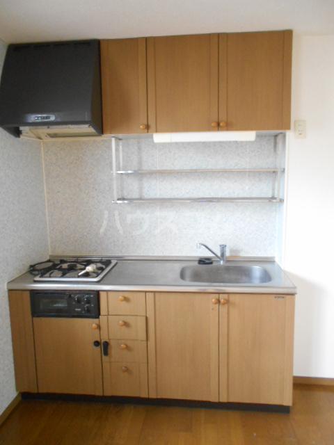 セゾン西橋本 302号室のキッチン