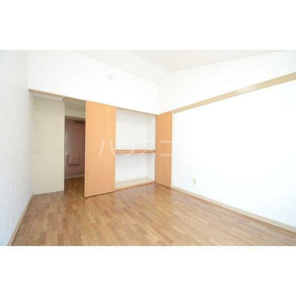 メイプルハウス町田 402号室の収納