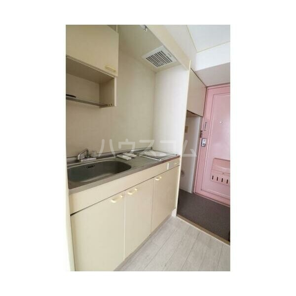 メイプルハウス町田 402号室のキッチン